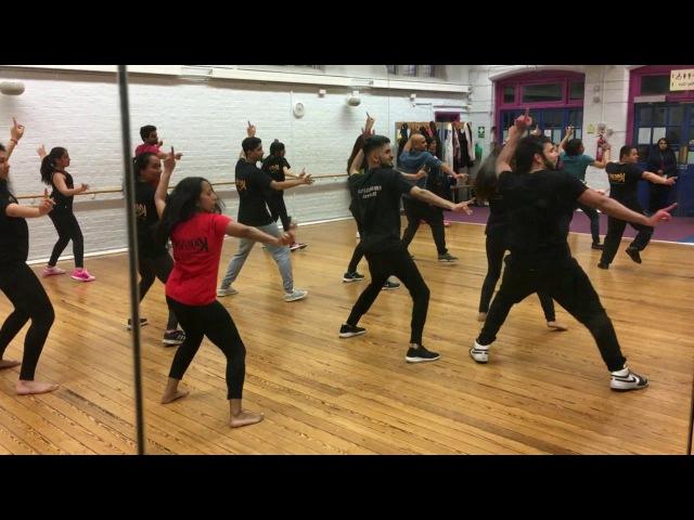 Naughty Billo dance | Phillauri | Anushka Sharma, Diljit Dosanjh | Karan Pangali