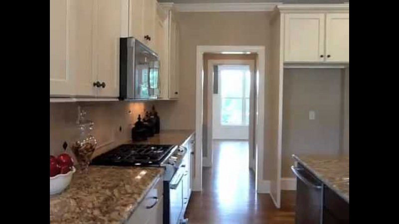 Video Tour of FoxWood Builders New Home In Hawthorne Neighborhood.mov