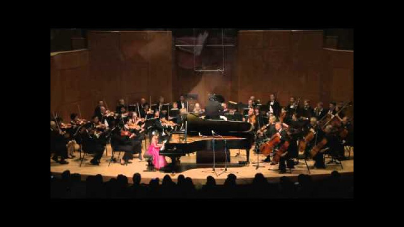 6 Years Old Xinqi Ji Plays Country Concerto for Young Pianists 1st mvt by H. Kasschau 温哥华少年钢琴交响音乐会