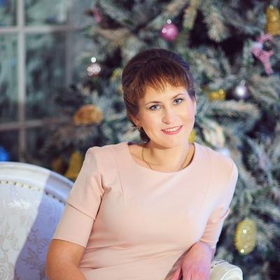 Оленька Кулакова