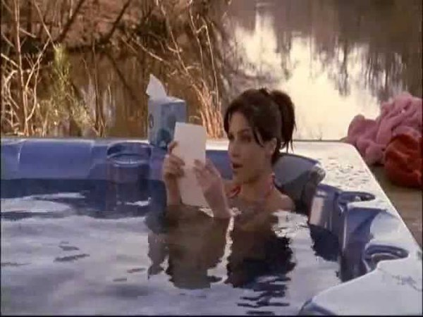 One Tree Hill - 318 - Brooke In The Jacuzzi - [Lk49]