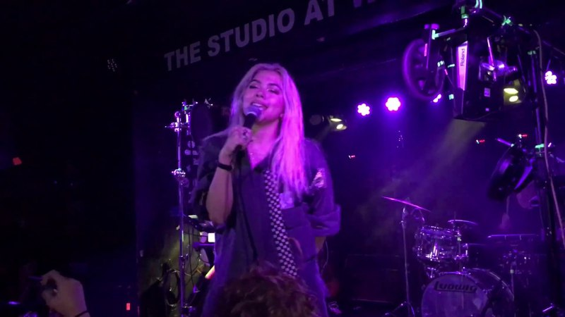 Ease My Mind / Starving (Hailee Steinfeld Cover) - Hayley Kiyoko (Live at Webster Hall)