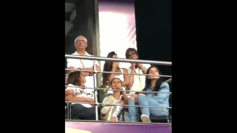 Srk and his family on first match of KKR