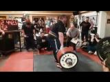 Влад Алхазов тянет 442,5 кг