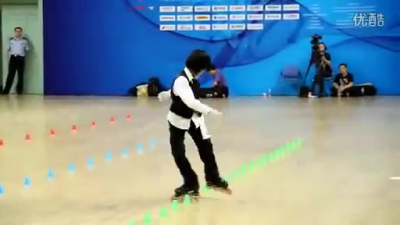 Feng Hui Championne de Roller (slalom) sur Beat It