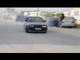 /// BMW E34 M5 Arabian Donuts