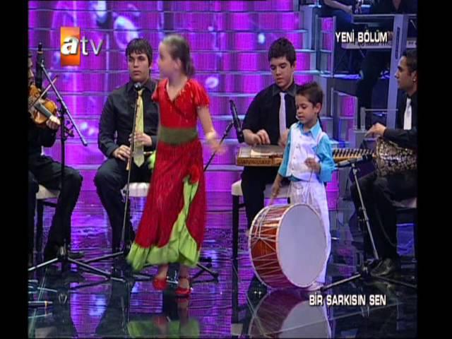 BerNa KaragözoğLu iLLede Roman OLsun Bir Şarkısın Sen Atv 2010 2011