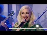Gwen Stefani Performs Jingle Bells, December 25, 2017