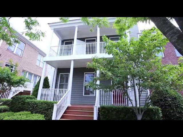 VCU Area Newer 2 Story Condo Beautiful Details 3 BR ,Richmond VA
