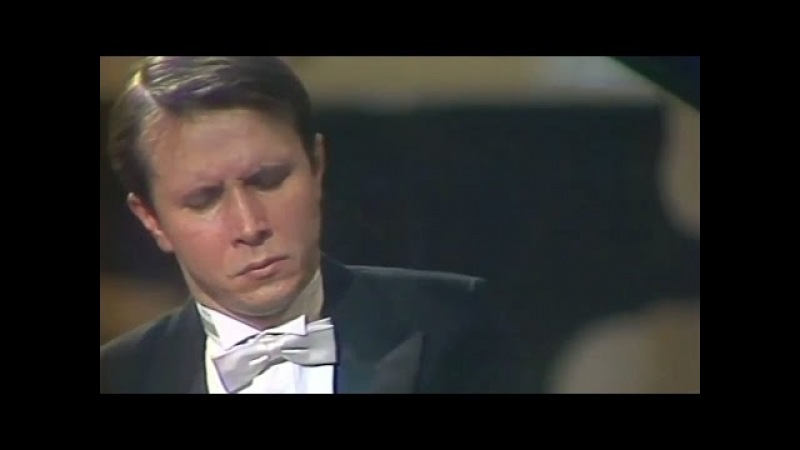 Mikhail Pletnev plays Rachmaninoff - Prelude op. 23 No. 7 in C minor (live in Moscow, 1987)