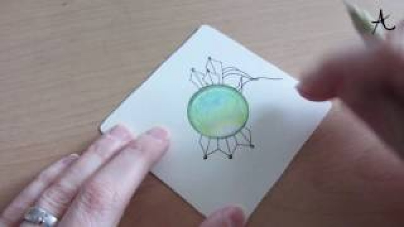Зентангл с Gems-камнем цветнами карандашами