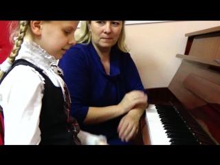 Урок фортепиано с Санниковой Ульяной