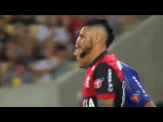 Идеальный гол защитника «Фламенго» после прострела.