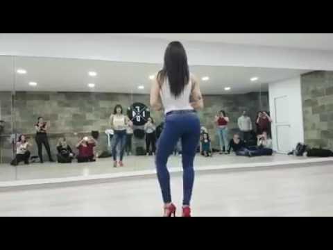 SARA PANERO - Kizomba Lady Style Alicante 2017. Booby sexy dance