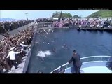 North Koreans jump into the water to reach Kim Jong Un's boat!