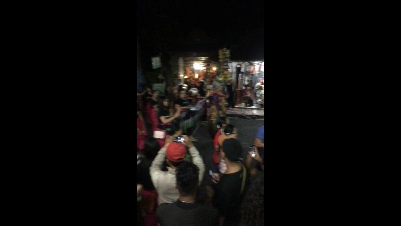 Празднование Ниепи на Бали