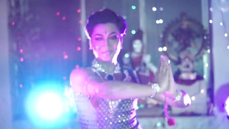 Bappa Chatterjee. Despacito /Indian semi classical Choreography/