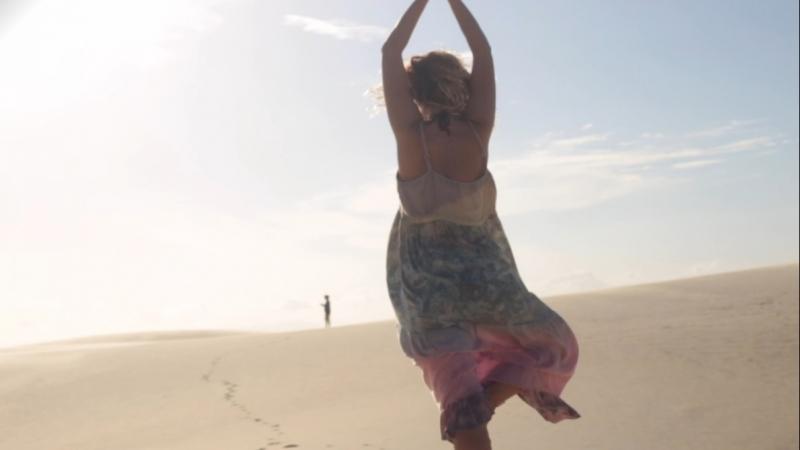 Наслаждайся жизнью Enjoy life Танцы босиком Brazil Osheanic International