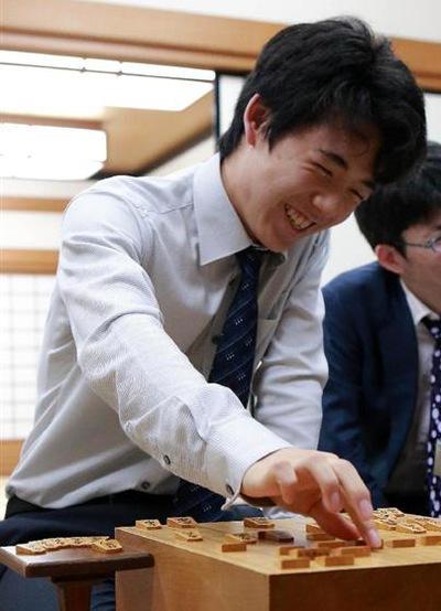 Японские новости с раздеванием