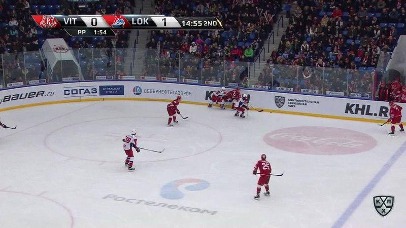 Моменты из матчей КХЛ сезона 17/18 • Гол. 1:1. Аалтонен Миро (Витязь) кистевым от штанги 20.11