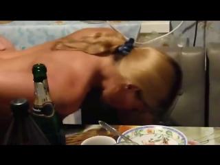 Секс застолье