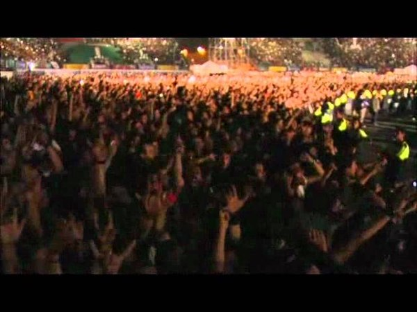 Metallica Live in Mexico City Creeping Death W/ Ecstacy of gold Intro