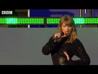 Taylor Swift зажгла на фестивале со своей песней Gorgeous (The Biggest Weekend)