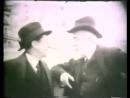 Santiago Rusiñol a casa seva a Sitges el Cau Ferrat amb uns amics a final dels anys 20
