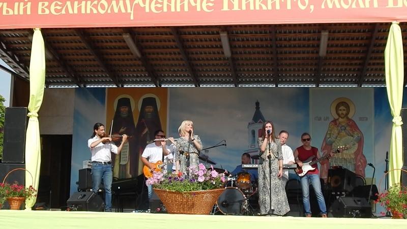 АРТ-фолк группа ЕжеВикА(Тамбов) на 13-м Кузнечном фестивале в Бывалино 15.07.2018.