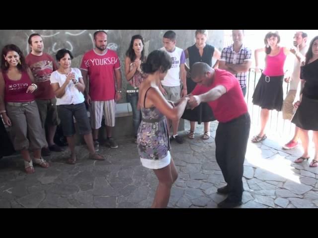 Laboratorio Primi Passi -- Suoni e danze della tradizione calabrese.