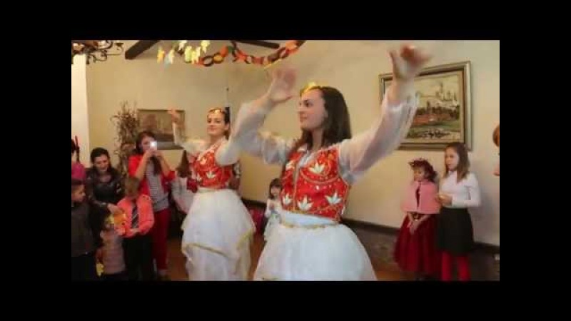 Албанский народный танец. День Осени в посольстве РФ в Тиране.