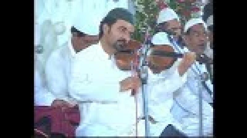 Villon Player at Hazrat Khwaja Muhammad Akbar Ghreeb Nawaz Basirpur Uras Mubarik