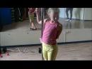 Занятие на пилоне (шестовая акробатика)