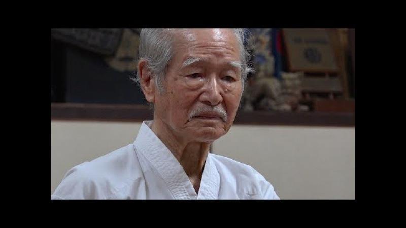 沖縄で88歳の空手家に出会ったA 88-year-old Karate man in Okinawa