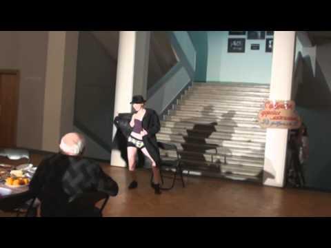 Стриптиз в театре МТЮЗ (Татьяна Рыбинец) (Actress Tatiana Rybinetc)
