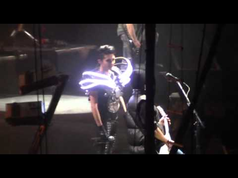 Tokio Hotel Dogs Unleashed Love and Death Mexico City 12-2-2010