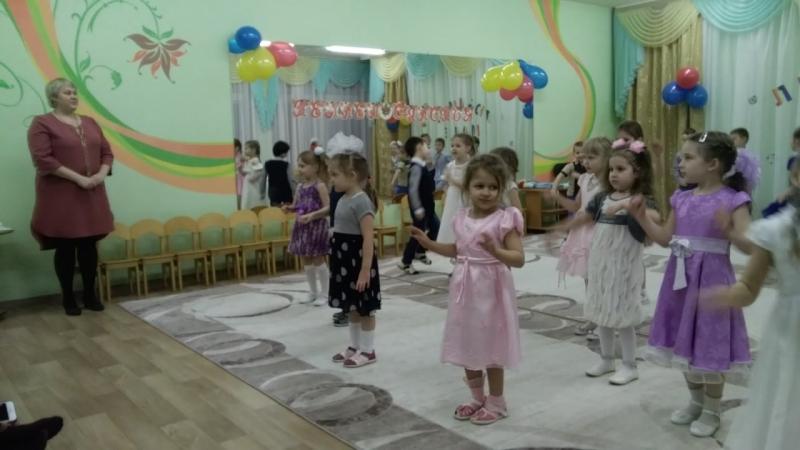 Наши дети, подарок маме, танец!!