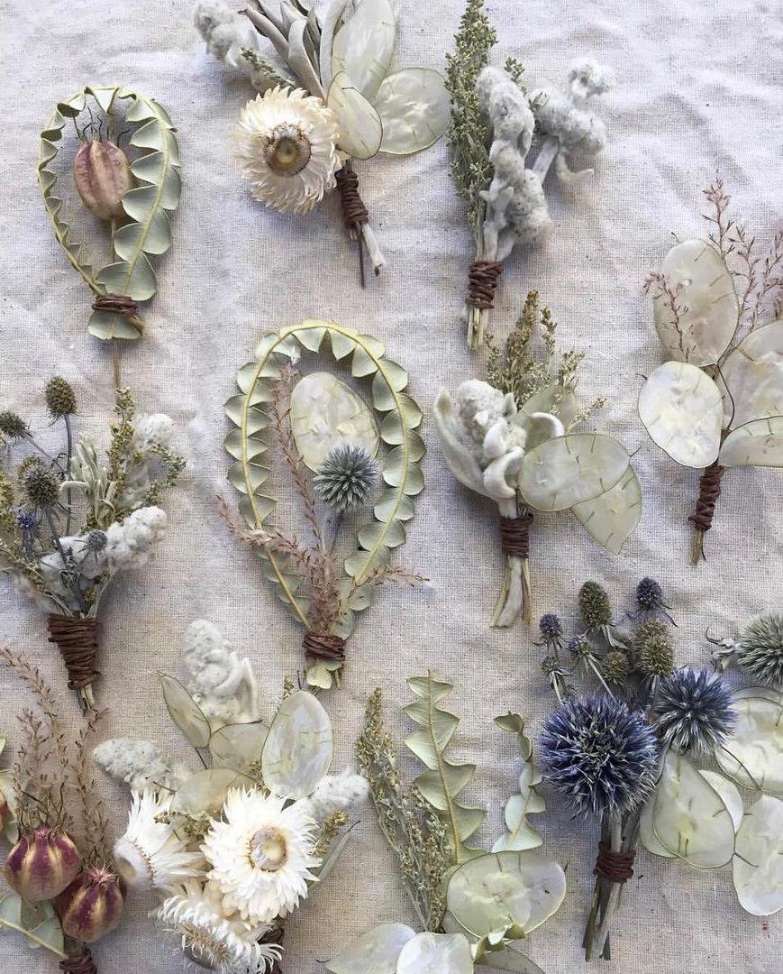 Бутоньерки из сухоцветов от Ясмин Мей