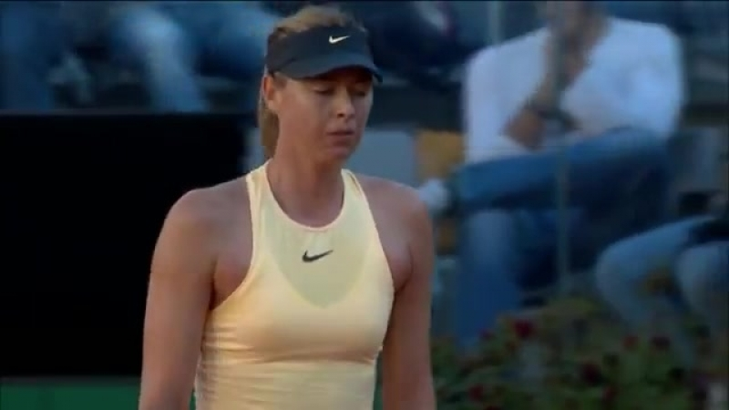 Maria Sharapova rips the backhand winner! - - Takes the first hold in a match of strong returning! ibi18