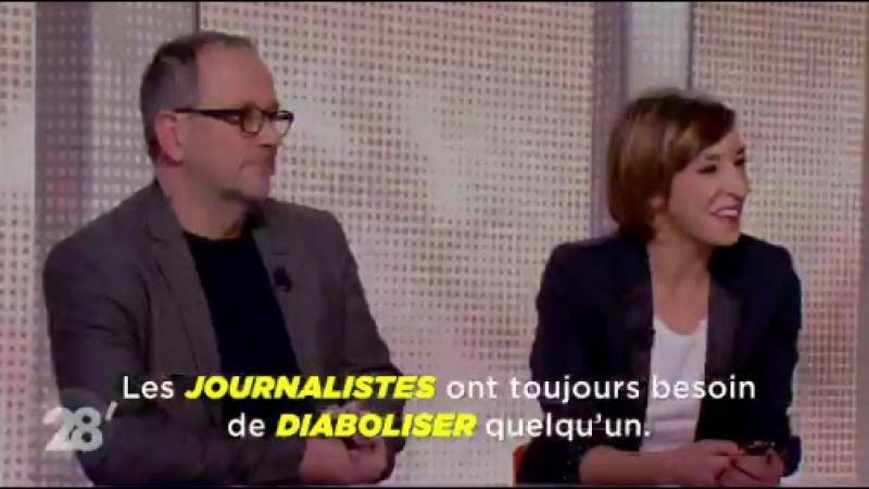 Fanny Ardant en face de trois salopes journalistes qui veulent diaboliser la Russie