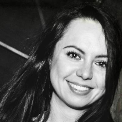 Яна Самаренко