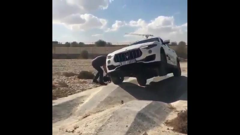 как надо проводить тест драйв (Maserati)