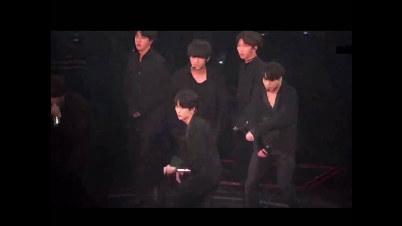 OMG! BTS 'LET GO' Choreo super Amazing! They looks so good with all black outfits ~~