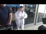 Белла покидает аэропорт «LAX», Лос-Анджелес (12.04.18)