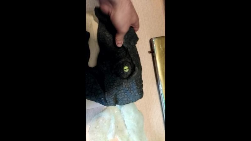 после снятия слепка - раптор откинул капыта . Именно так динозавры и вымерли , появилась волосатая рука и разфигачила всё