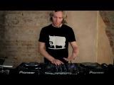 Уроки на классном микшере для DJ - Pioneer DJM-900 c James Zabiela (Русский перевод)