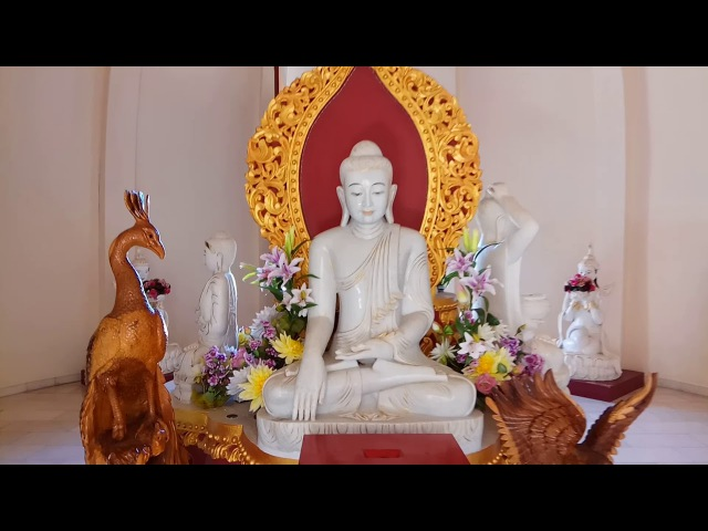 Бирманский буддийский храм Dharmikarama Burmese Temple Остров Пенанг Королевство Малайзия