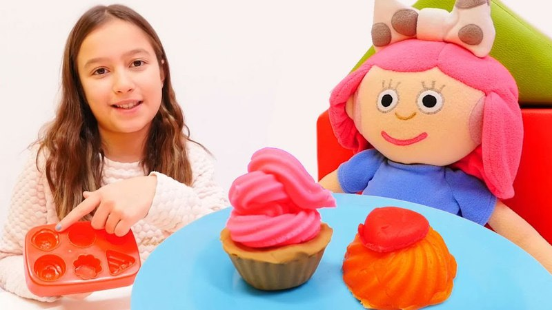 Smarta ile Play-Doh oyun hamurundan tatlı yapalım