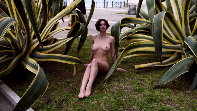 Наташа Легейда (Natasha Legeyda) голая - Escape The Asylum - Part II - Formento Formento (2018) HD 1080p