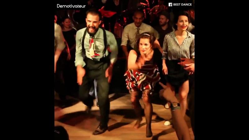 Demotivateur - Une battle de danse jazz qui